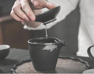 """""""健康消费""""潮流背后,天九共享告诉你如何在茶行业捞金?.."""